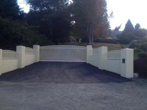 gates4-300x225
