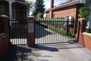 gates6-300x201